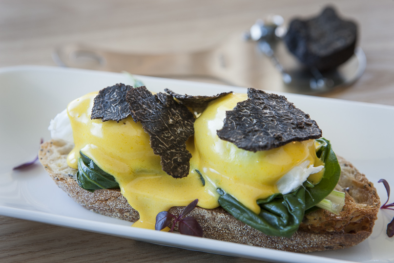 Poached Eggs with Fresh Black Truffles - Australian FlavoursAustralian ...