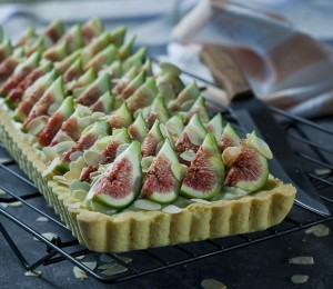 Fresh Fig Tart with Honey and Mascarpone