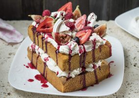 Eton Mess Sponge Cake Dessert