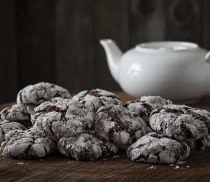Pull apart crack-up cookies with chocolate and walnut