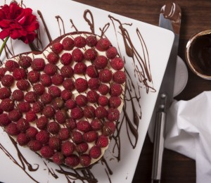 red velvet nutella cake with raspberries