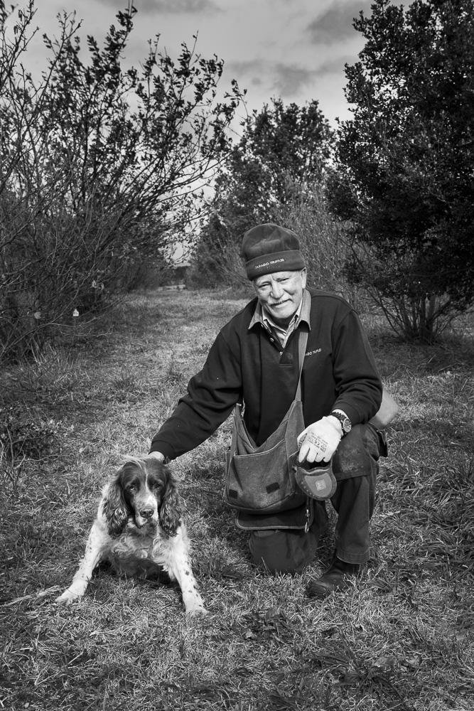truffle-farmer-hound-dog